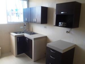 Apartamento En Ventaen Maracaibo, La Trinidad, Venezuela, VE RAH: 19-12156