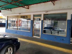 Local Comercial En Alquileren Maracaibo, Calle 72, Venezuela, VE RAH: 19-12200