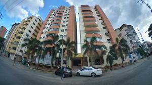 Apartamento En Ventaen Valencia, Prebo I, Venezuela, VE RAH: 19-12289