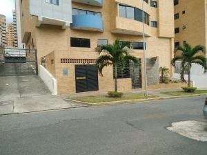 Apartamento En Ventaen Valencia, La Trigaleña, Venezuela, VE RAH: 19-12398