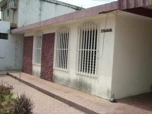 Casa En Alquileren Maracaibo, Las Lomas, Venezuela, VE RAH: 19-12309