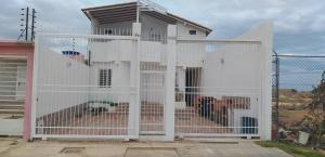 Casa En Ventaen Punto Fijo, Puerta Maraven, Venezuela, VE RAH: 19-12312