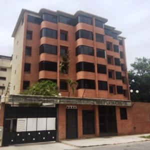 Apartamento En Ventaen Parroquia Caraballeda, Caribe, Venezuela, VE RAH: 19-12595