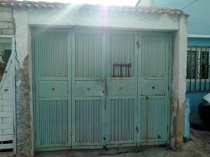 Casa En Ventaen Maracay, Barrio Bolivar, Venezuela, VE RAH: 19-12340