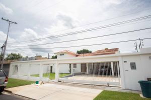 Casa En Ventaen Valencia, Guaparo, Venezuela, VE RAH: 19-12393