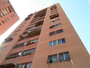 Apartamento En Ventaen Los Teques, Los Teques, Venezuela, VE RAH: 19-12403