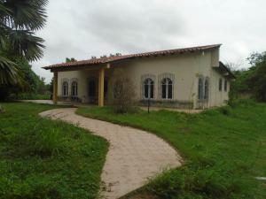 Casa En Ventaen Ciudad Bolivar, Av La Paragua, Venezuela, VE RAH: 19-12407