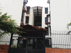 Apartamento En Ventaen Municipio Los Guayos, Araguaney, Venezuela, VE RAH: 19-12438