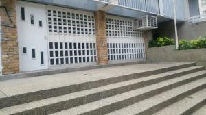 Local Comercial En Alquileren Valencia, San Jose De Tarbes, Venezuela, VE RAH: 19-12502