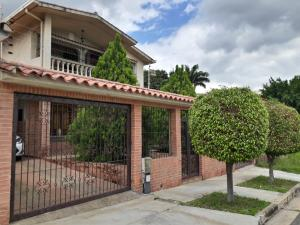 Casa En Ventaen Valencia, Trigal Norte, Venezuela, VE RAH: 19-12503