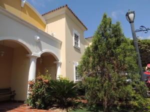 Townhouse En Ventaen Maracaibo, Avenida Universidad, Venezuela, VE RAH: 19-12510