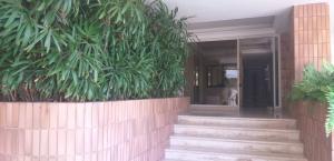 Apartamento En Ventaen Maracaibo, La Lago, Venezuela, VE RAH: 19-12541