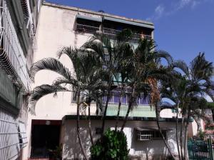 Apartamento En Ventaen Valencia, La Florida, Venezuela, VE RAH: 19-12571