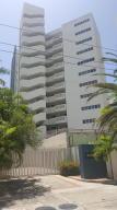 Apartamento En Ventaen Parroquia Naiguata, Camuri Grande, Venezuela, VE RAH: 19-13349