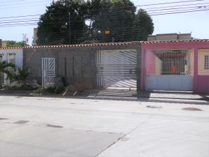Casa En Ventaen Cagua, La Ciudadela, Venezuela, VE RAH: 19-12618