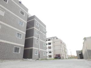 Apartamento En Ventaen Maracay, Santa Rita, Venezuela, VE RAH: 19-12743
