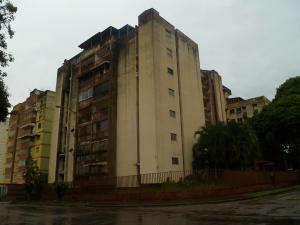 Apartamento En Ventaen Valencia, Trigal Centro, Venezuela, VE RAH: 19-12786
