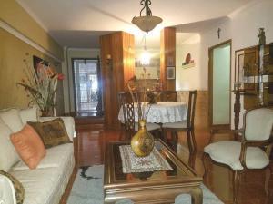 Apartamento En Ventaen Maracaibo, Avenida Delicias Norte, Venezuela, VE RAH: 19-12814