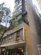 Apartamento En Ventaen Caracas, Parroquia Altagracia, Venezuela, VE RAH: 19-12859