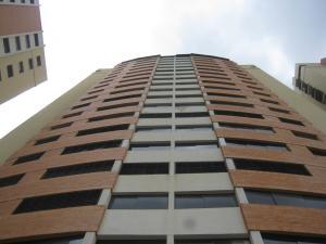 Apartamento En Ventaen Municipio Naguanagua, Palma Real, Venezuela, VE RAH: 19-12942