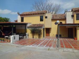 Townhouse En Ventaen Municipio Naguanagua, Tazajal, Venezuela, VE RAH: 19-12949