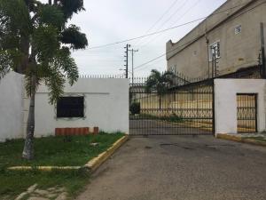 Townhouse En Ventaen Ciudad Ojeda, La 'l', Venezuela, VE RAH: 19-12961