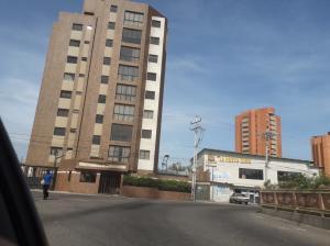 Apartamento En Alquileren Maracaibo, Valle Frio, Venezuela, VE RAH: 19-12968