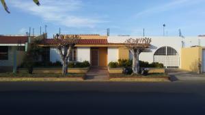 Casa En Ventaen Maracaibo, El Rosal, Venezuela, VE RAH: 19-12988