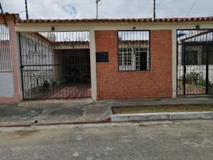 Casa En Ventaen Barquisimeto, Parroquia Tamaca, Venezuela, VE RAH: 19-12982