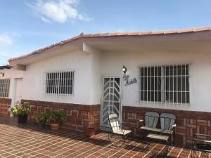 Casa En Ventaen Punto Fijo, Los Caciques, Venezuela, VE RAH: 19-13043