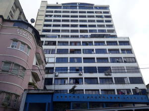 Apartamento En Ventaen Caracas, Parroquia Altagracia, Venezuela, VE RAH: 20-23693