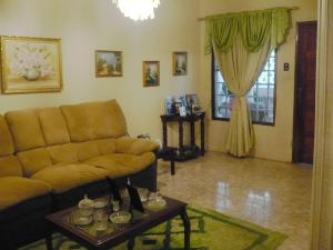 Casa En Ventaen Coro, Sector Concordia, Venezuela, VE RAH: 19-13080