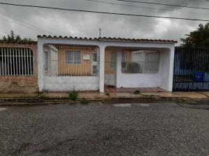 Casa En Ventaen Cabudare, El Paraiso, Venezuela, VE RAH: 19-13099