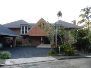 Casa En Ventaen Caracas, Alto Hatillo, Venezuela, VE RAH: 19-13102