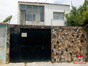 Casa En Ventaen Municipio Santiago Marino, Barrio Saman De Guere, Venezuela, VE RAH: 19-13139