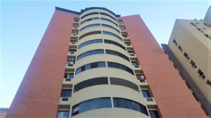Apartamento En Ventaen Valencia, El Bosque, Venezuela, VE RAH: 19-13153