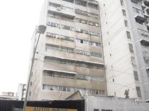 Apartamento En Ventaen Caracas, Parroquia La Candelaria, Venezuela, VE RAH: 19-13244