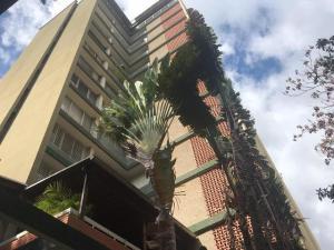 Apartamento En Ventaen Caracas, Sabana Grande, Venezuela, VE RAH: 19-13191