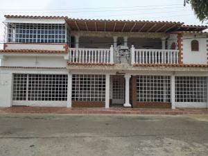 Casa En Ventaen Punto Fijo, Puerta Maraven - Mara Cardon, Venezuela, VE RAH: 19-13166