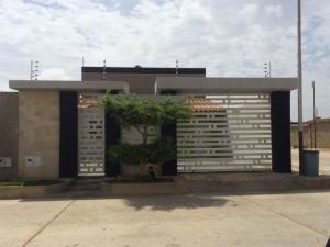 Casa En Ventaen Punto Fijo, Puerta Maraven, Venezuela, VE RAH: 19-13190