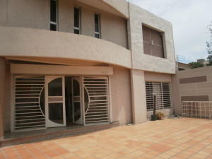 Edificio En Alquileren Maracaibo, La Estrella, Venezuela, VE RAH: 19-13373