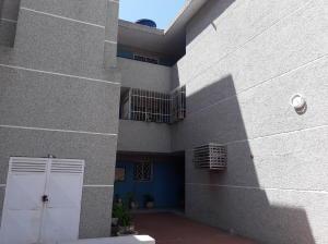 Apartamento En Ventaen Maracaibo, Las Lomas, Venezuela, VE RAH: 19-13216