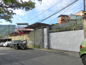 Galpon - Deposito En Ventaen Caracas, La Yaguara, Venezuela, VE RAH: 19-13226