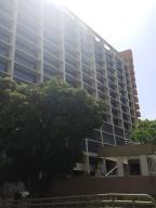 Oficina En Ventaen Caracas, Altamira, Venezuela, VE RAH: 19-13264