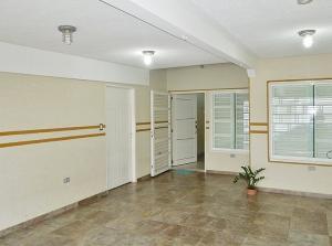 Casa En Alquileren El Tigre, Centro, Venezuela, VE RAH: 19-13342