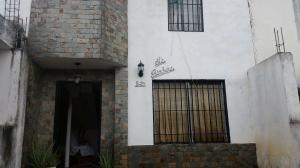 Townhouse En Ventaen Cua, Las Mesetas, Venezuela, VE RAH: 19-13343