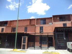 Townhouse En Ventaen Guatire, El Encantado Ii, Venezuela, VE RAH: 19-13361