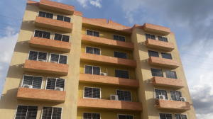 Apartamento En Ventaen Municipio San Diego, Monteserino, Venezuela, VE RAH: 19-13472