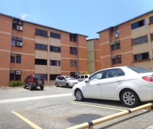 Apartamento En Ventaen Municipio Naguanagua, El Saman, Venezuela, VE RAH: 19-13410