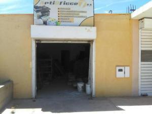 Local Comercial En Alquileren Punto Fijo, Santa Irene, Venezuela, VE RAH: 19-13424